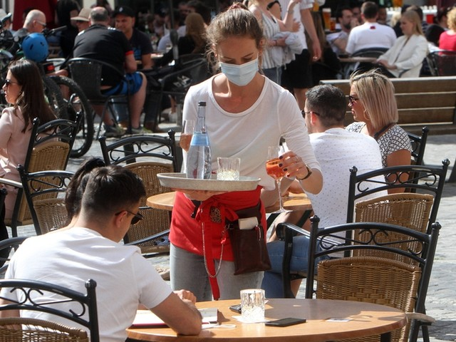 Corona-News: RKI registriert 212 Neuinfektionen – Inzidenz unverändert