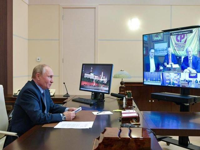 Russland: Putin lobt faire Dumawahl - Hunderte protestieren in Moskau