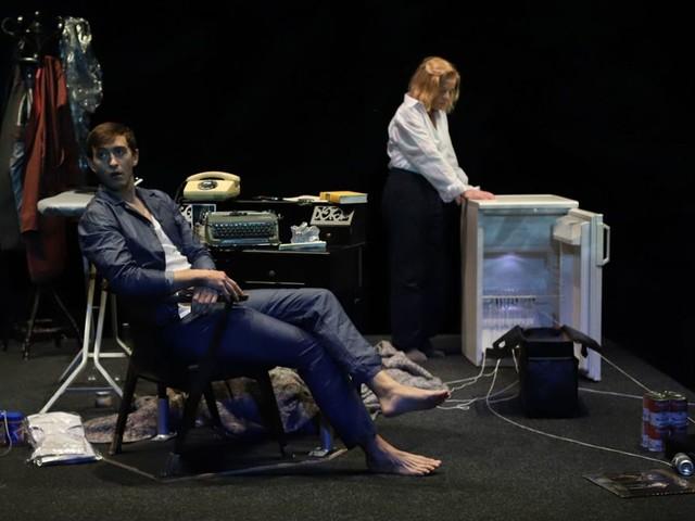 """""""Switzerland"""" im Theater der Altstadt: Highsmith und die Liebe zum perfekten Mord"""