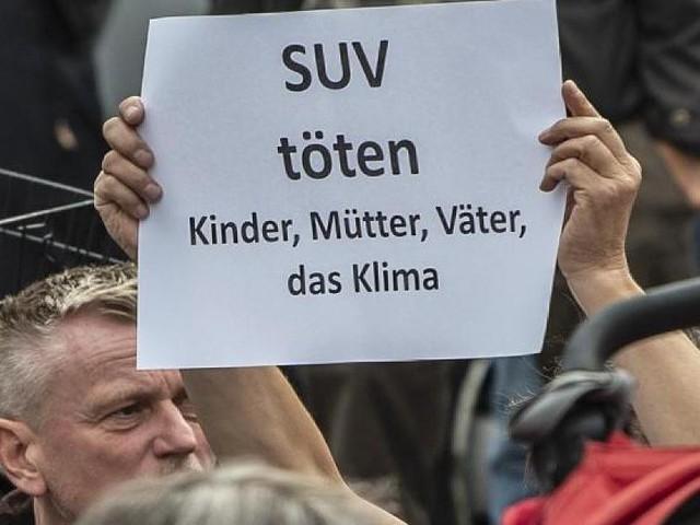 """Gegen Verbote - Autoexperte: """"Die SUV stehen zu Unrecht unter Generalverdikt"""""""