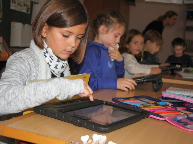 Grundschule 2.0: Verbandsgemeinde Wittlich-Land stattet die Kleinen mit i-Pads aus