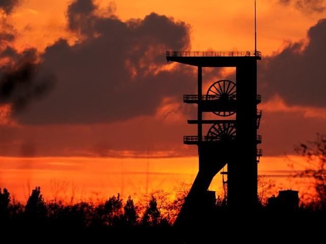 Bergbau-Dämmerung: Schicht im Schacht