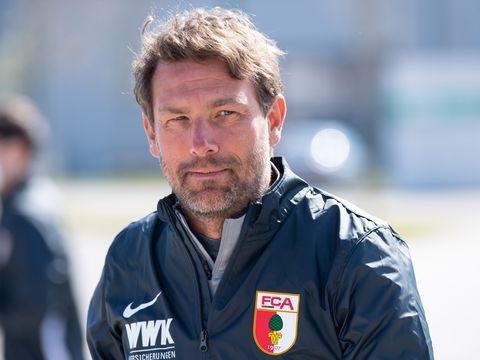 Trainer Weinzierl hofft beim FC Augsburg auf ein Sextett