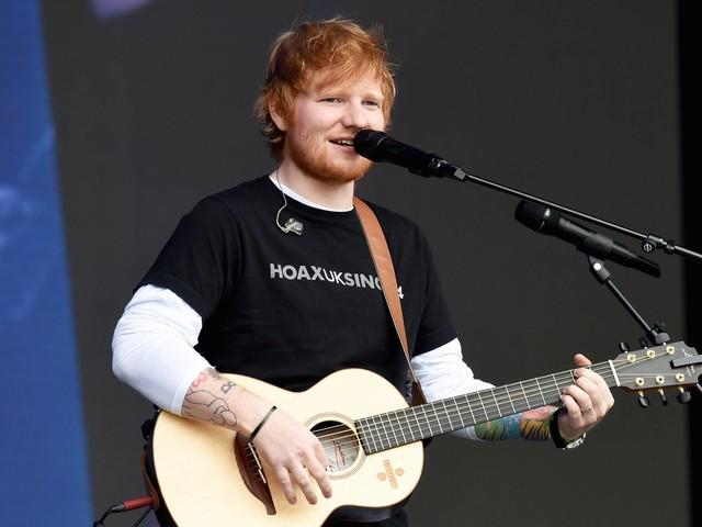 """Ed Sheeran präsentiert sich für neue Single """"Bad Habits"""" als Vampir"""