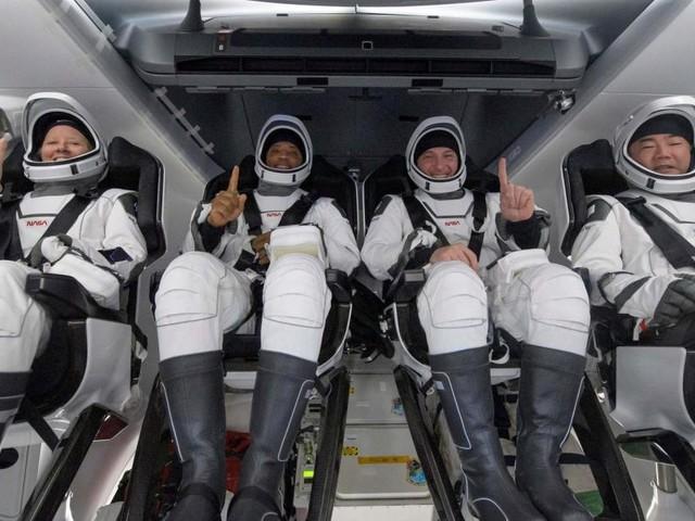 Nach sechs Monaten: Vier ISS-Astronauten zurück auf der Erde