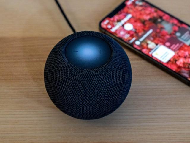 Smarte Sound-Kugel: Apples Homepod mini ist fast schon groß