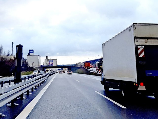 B 10 in Stuttgart-Wangen: Blitzer sind noch nicht scharf