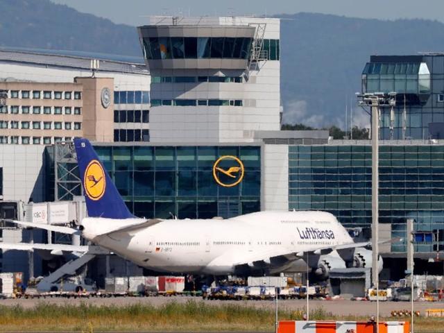 Lufthansa: EU stimmt Sparpaket zu, Einigung mit Gewerkschaft