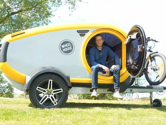 Miniwohnwagen Mink im Test: Ein Ei zum Campen