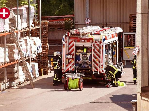 Einsatz: Freudenberg: Feuerwehr rückt mit Großaufgebot aus