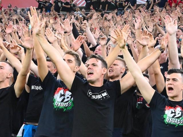 Nach rassistischen Äußerungen: FIFA bestraft Ungarn mit Geisterspielen und Bußgeld