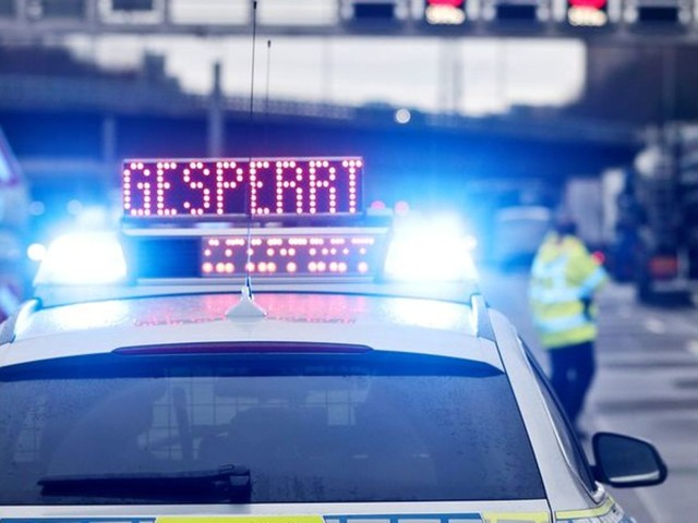 Todesopfer bei Unfall mit Lkw