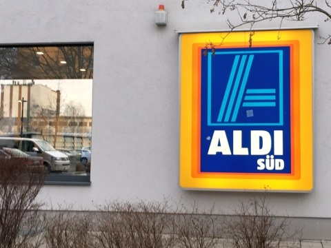 Aldi Kühlschrank Süd : Mega kühlschrank frei haus aldi liefert multi door kühler zum