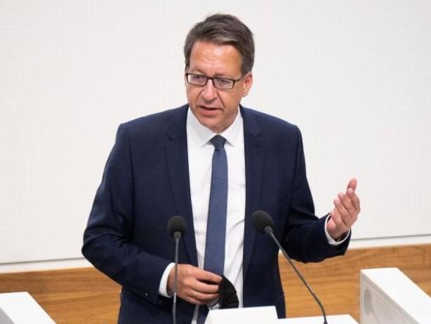 Landtag: FDP fordert Sondersitzung des Gesundheitsausschusses vor MPK