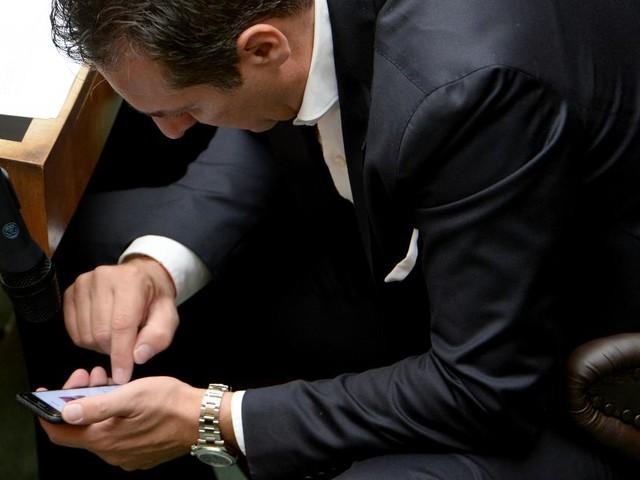 Nach Rücktritt: Strache tobt auf Facebook weiter