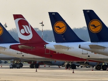 Dobrindt: Lufthansa soll Löwenanteil von Air Berlin übernehmen