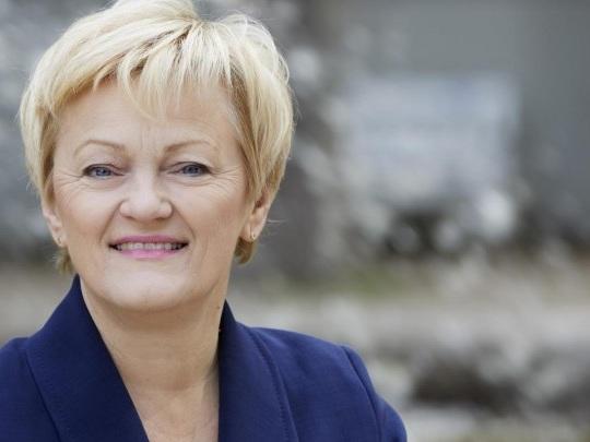 Pädophilie-Debatte in den 80ern - Falschzitat gegen Künast auf Facebook - Grünen-Politikerin bekommt vor Gericht Recht