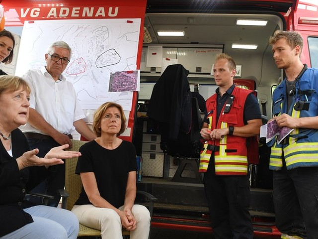 Unwetter-News: Söder sagt 50 Millionen Soforthilfe für Hochwasser-Opfer in Bayern zu +++ Zahl der Toten steigt auf mindestens 164 – Merkel reist erneut in Katastrophengebiet