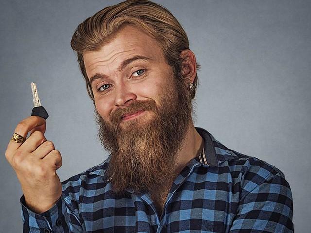 Braucht man(n) einfach - Echt maskulin: 6 Schlüsselanhänger, die Männern das Leben erleichtern
