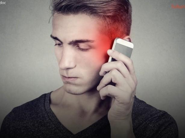 Könnte dein Handy doch Krebs verursachen? Hunderte Forscher befürchten es