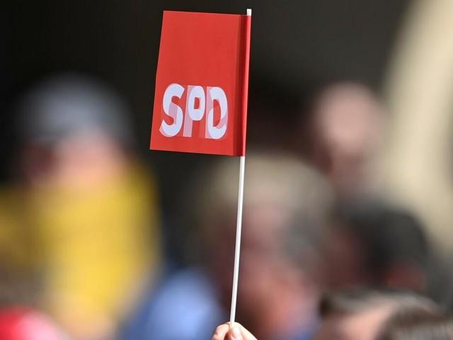 INSA-Umfrage: SPD bleibt stabil – Union gewinnt leicht dazu