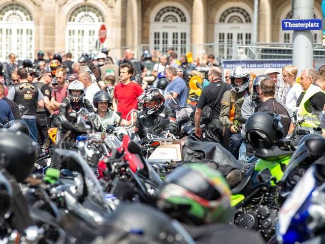 """Scheuer gegen mehr Verbote für Motorradfahrer: """"Wir haben ausreichende, geltende Regeln"""""""
