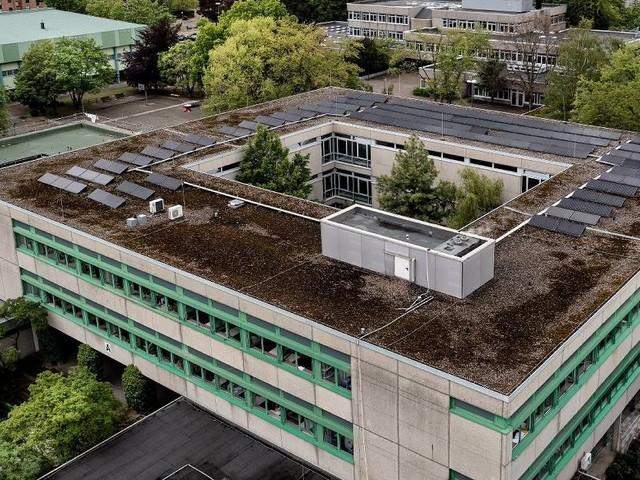 Pilotprojekt in Langenfeld: Gymnasium will seine Schüler impfen - Eltern laufen Sturm