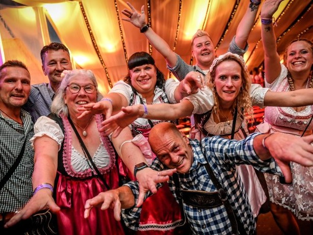 Partystimmung auf dem Rüttenscheider Oktoberfest