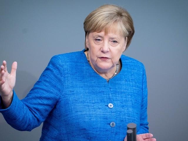 """""""Null Toleranz gegen Rassismus"""" – und 5 weitere Punkte aus Merkels Bundestags-Rede"""