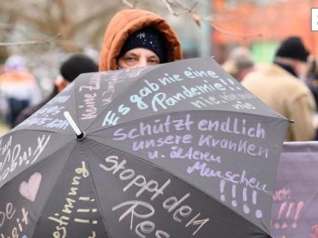 Demo in Dresden: Rund 50 Straftaten gezählt