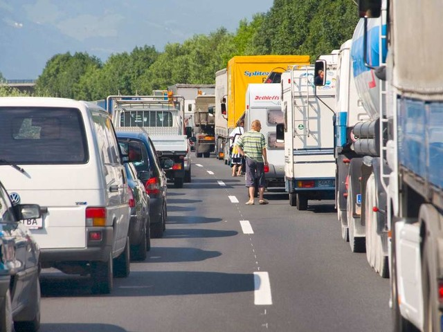 Tempolimits in Österreich: So schnell dürfen Sie auf Autobahn, Landstraße & Co. fahren
