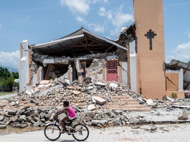 Über 2.000 Tote nach Erdbeben in Haiti