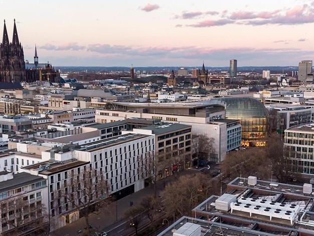 Corona in Köln: Inzidenz setzt Abwärtstrend fort