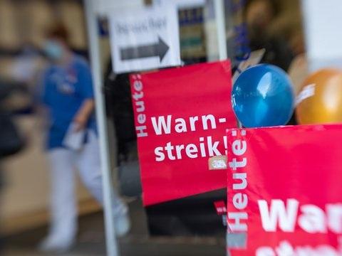 In Kitas und Kliniken: Warnstreiks im öffentlichen Dienst haben begonnen