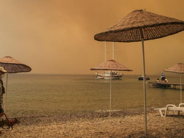Brände in Südeuropa und der Türkei: Was wird aus dem Urlaub?