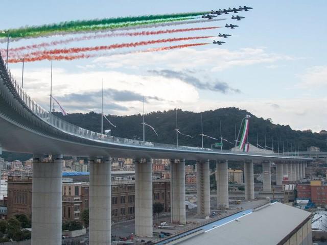 """Genua weihte seine Brücke ein: """"Ein schöner Tag für die Stadt"""""""