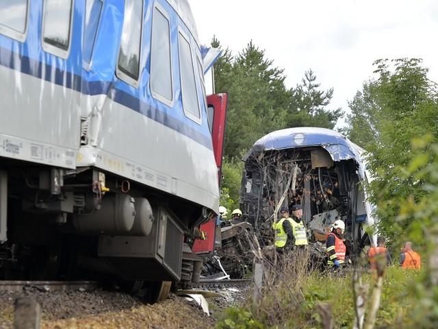 Zug aus München in Tschechien verunglückt: Drei Tote, viele Verletzte