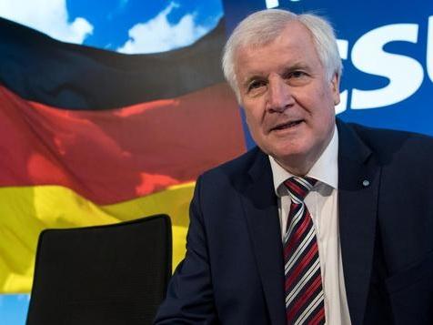 CSU-Chef Seehofer will Abstimmung über Bündnis mit CDU
