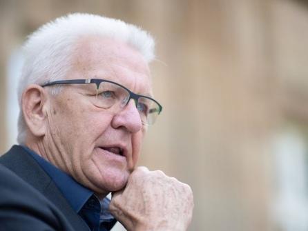 Pressekonferenz in Stuttgart - Tritt Kretschmann wieder an?