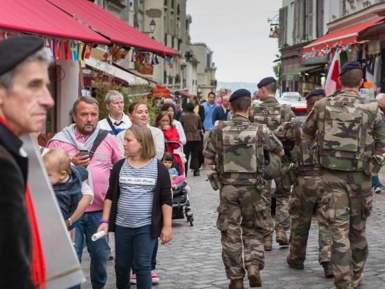Touristen strömen nach Terrorwelle wieder nach Paris