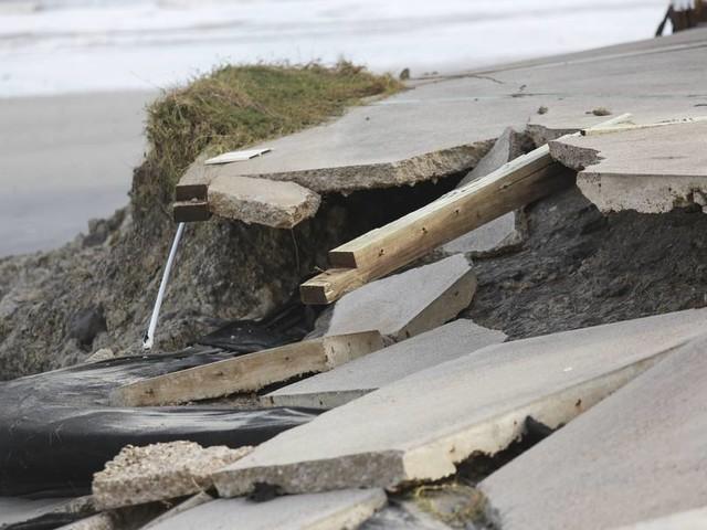 """Tropensturm """"Sam"""" wird über dem Atlantik vermutlich zum größeren Hurrikan"""