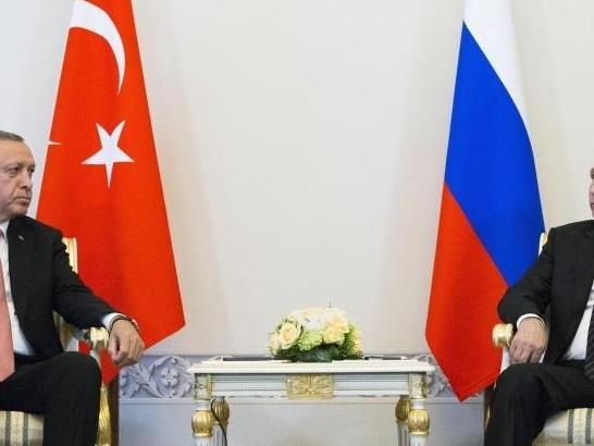 Putin wird Ägypten und Türkei besuchen