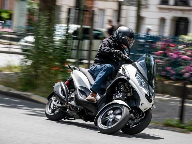 Perfekt für den Stadtverkehr: Piaggio präsentiert neuen MP3-Dreiradroller