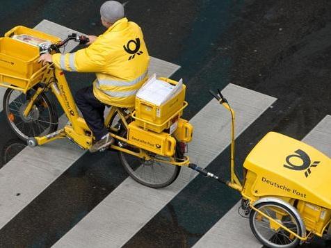 1500 Post-Mitarbeiter helfen bei Überwachung von Verdächtigen