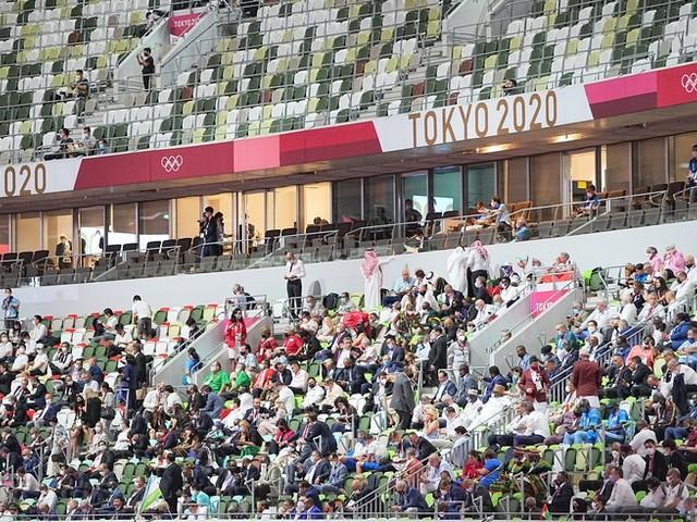 Olympia-News: Zuschauer genervt von ZDF-Kommentator Béla Réthy während Eröffnungszeremonie