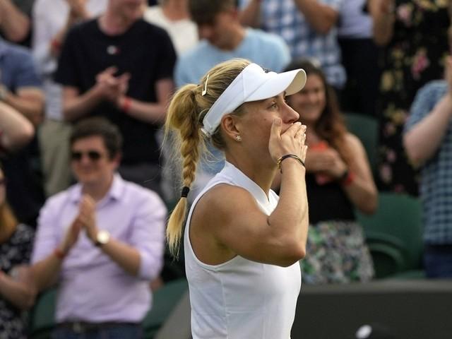 Sieg in Runde zwei: Angelique Kerber nach Marathon-Match in Wimbledon weiter