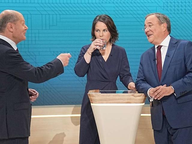 Letzte Umfragen: Scholz vor dem Wahlsieg - Laschet wankt, Baerbock hofft auf den Freitag