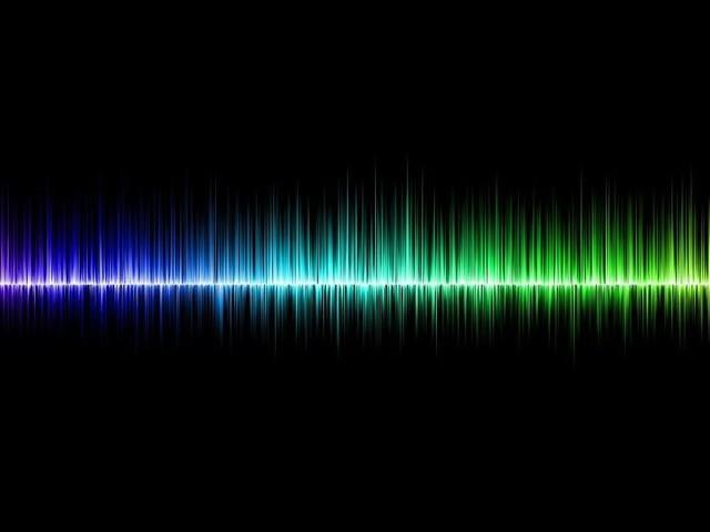 Physiklehrer bringt Schüler im Unterricht mit Hochfrequenzsignal zur Ruhe