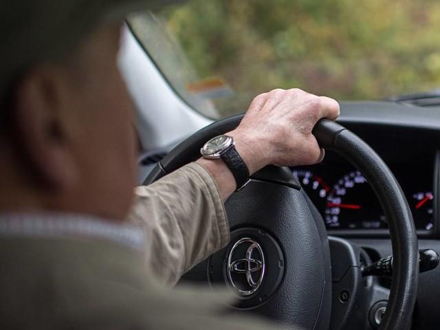 Tödlicher Unfall in Düsseldorf: Wenn Autofahren im Alter zur Gefahr wird