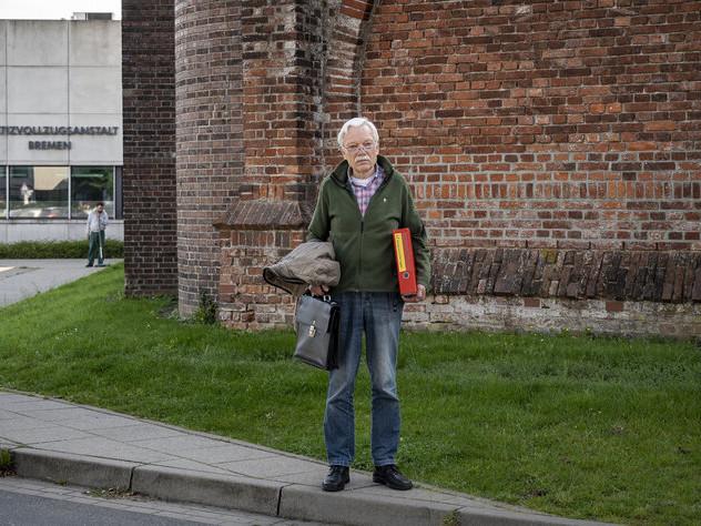 Streit mit Berufsgenossenschaft: Herr Neumann nervt
